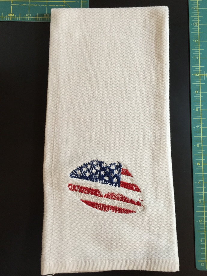 AMERICAN FLAG LIPS kitchen towel
