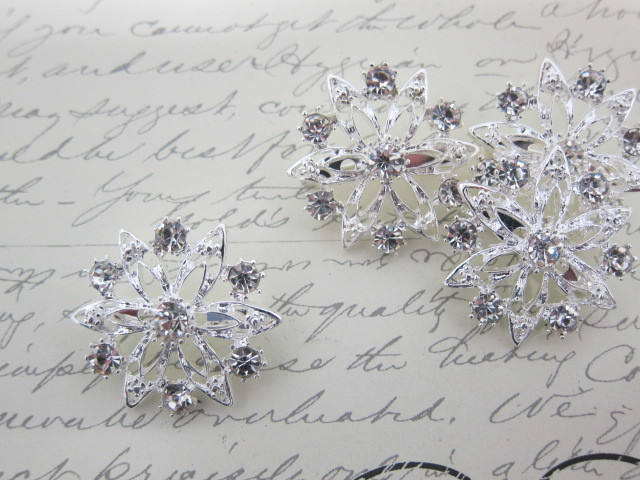 4 Rhinestone Snowflake Brooches -  Clear/Silver