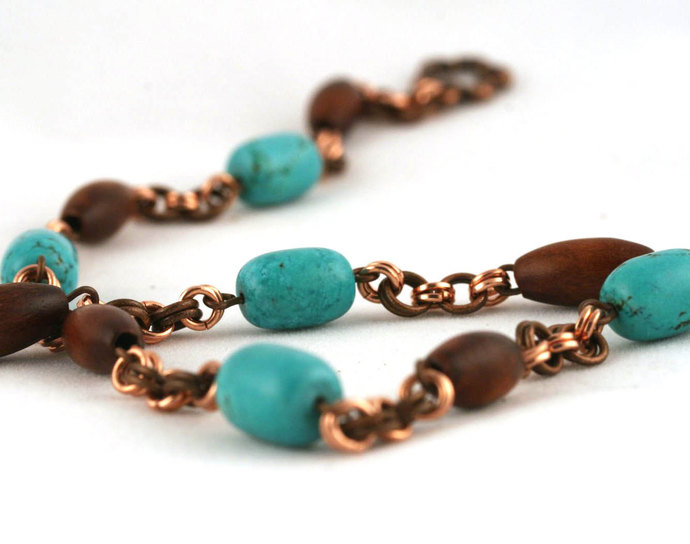 Wood, turquoise and copper necklace (17 inch (44 cm) with a clasp)