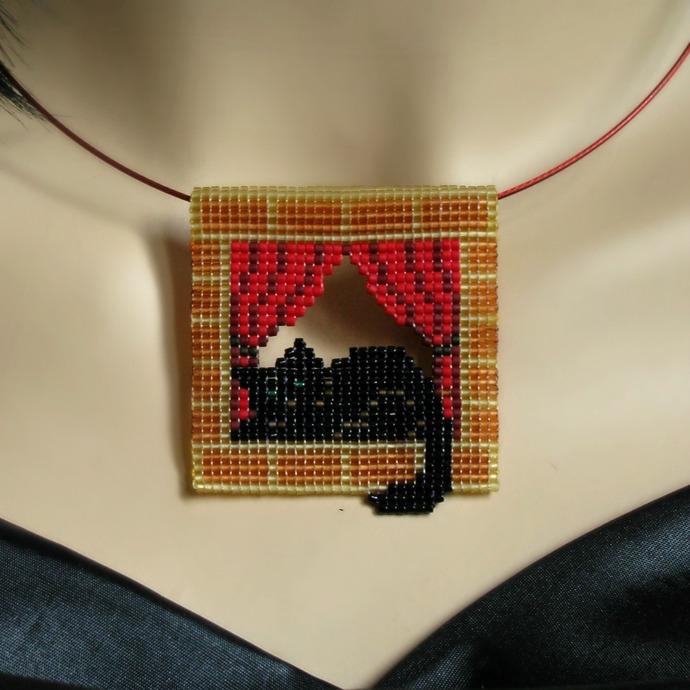 Bead loomed pendant - Black cat in the window