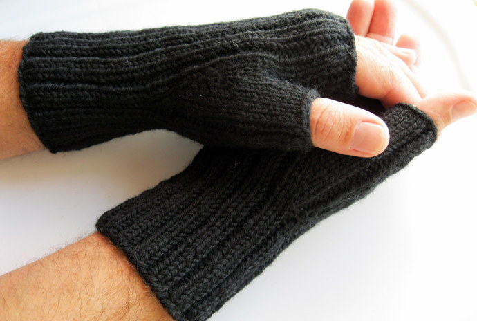 Mens black wool fingerless gloves for hunting or texting
