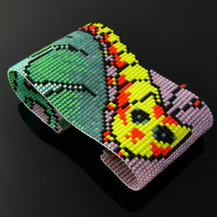 Bead loomed cat bracelet Caterpillar - A HeatherCat