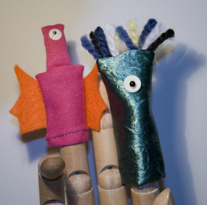 Playful Aliens Finger Puppet Pair