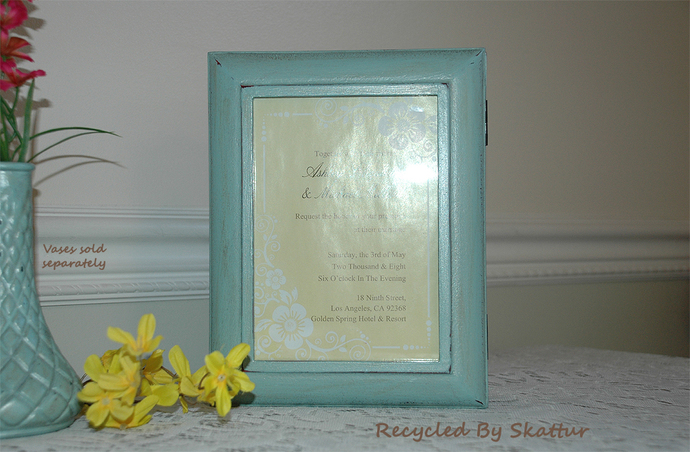 Keepsake Memory Photo Top Box in a Shabby Cottage Chic Style