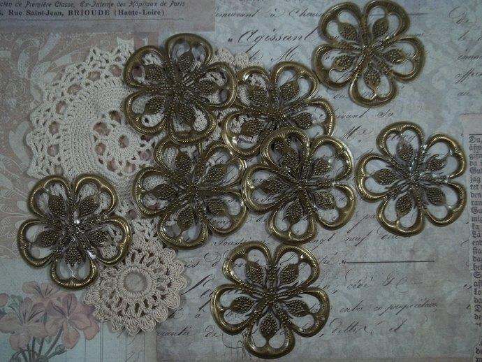 Bronze Filigree Embellishment (Item #114-B)
