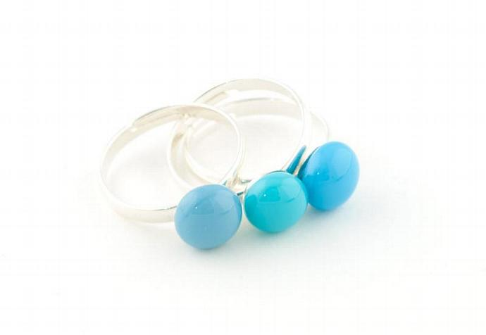 Set of three stackable rings in blues