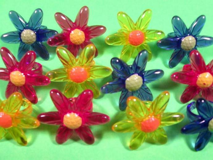 12 daisy cupcake rings