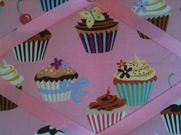 Pin board/ Notice Board/ Memo Board/ Pink Fairy Cakes/ Cup Cakes