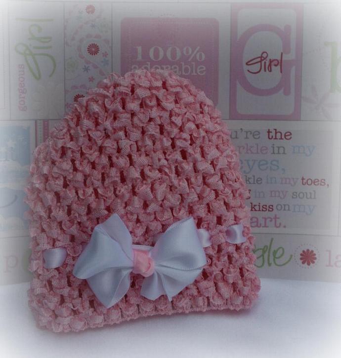 Newborn Crocheted Beanie w/ detachable bow
