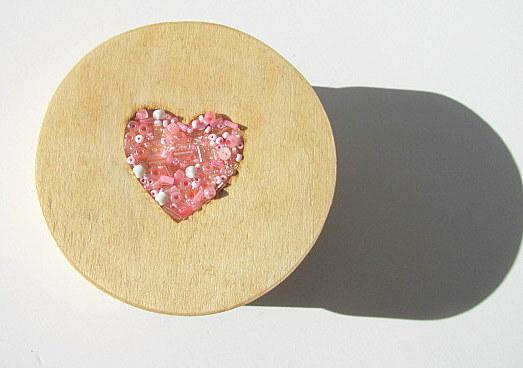 Heart Round Wood Treasure Box