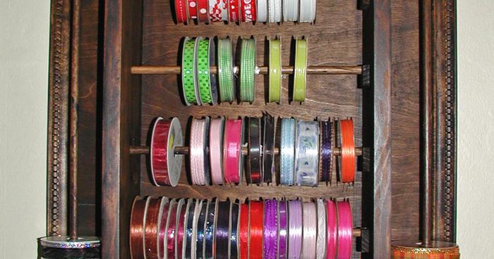 Original ribbon rack with ribbon